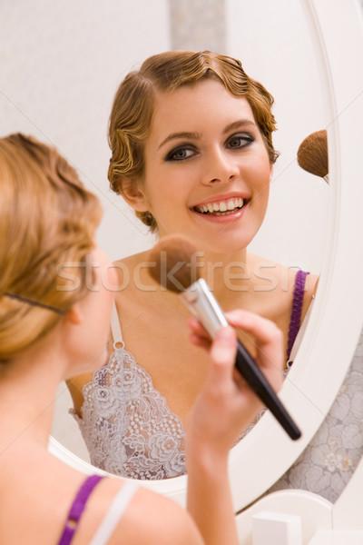 Stok fotoğraf: Görüntü · güzel · kadın · bakıyor · ayna · kadın