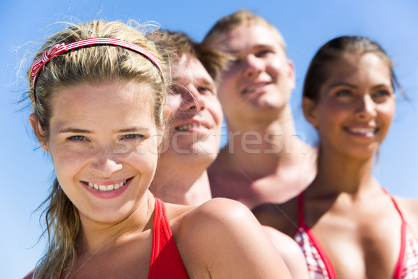 Jó hangulat arc bájos lány néz kamera Stock fotó © pressmaster