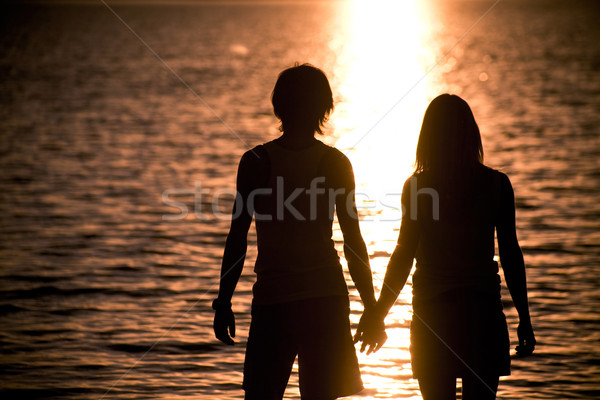 Lune de miel romantique couple autre mains Photo stock © pressmaster
