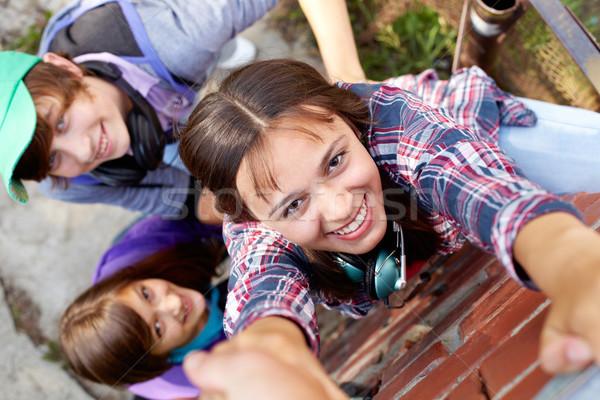 скалолазания вверх выстрел три подростков стены Сток-фото © pressmaster