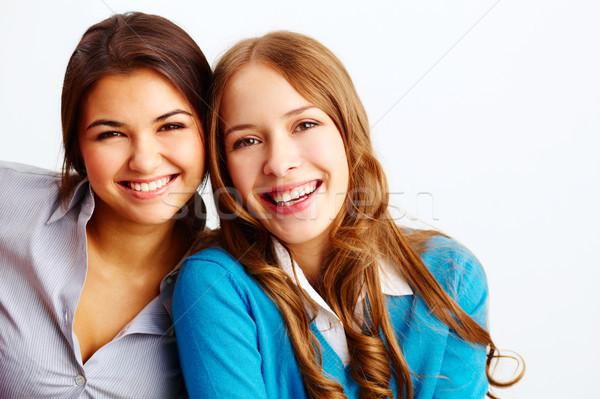 örvend lányok portré örömteli néz kamera Stock fotó © pressmaster
