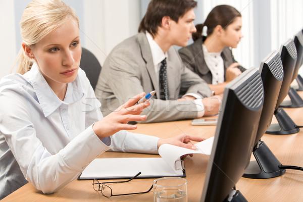 Seminar geslaagd professionele wijzend business Stockfoto © pressmaster