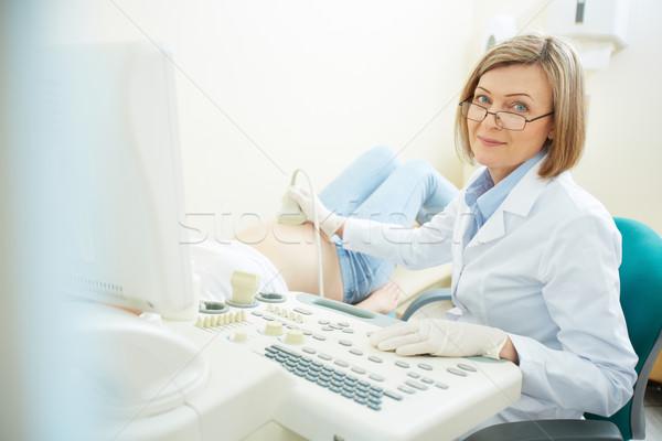 Ultrasuoni maturo medico donna incinta Foto d'archivio © pressmaster