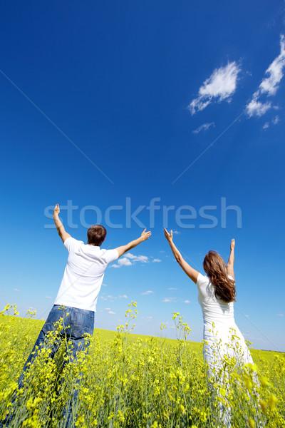 Dícséret hátulnézet fiatal fickó lány néz Stock fotó © pressmaster