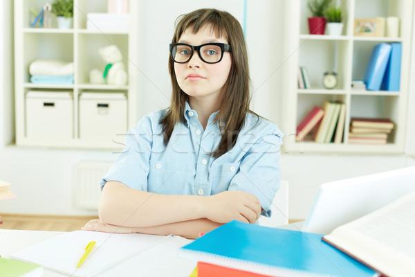 Ottimo studente ritratto femminile seduta desk Foto d'archivio © pressmaster