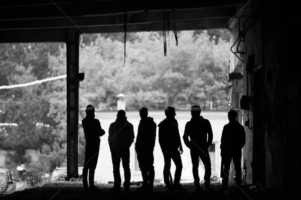 Gangsters aire libre peligroso chicos fuera Foto stock © pressmaster