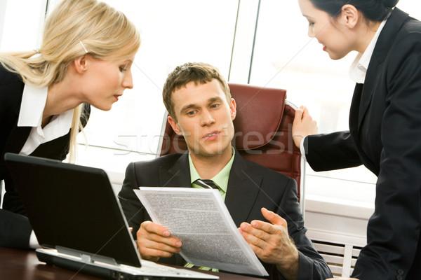 Uitleggen nieuwe plan portret baas werk Stockfoto © pressmaster