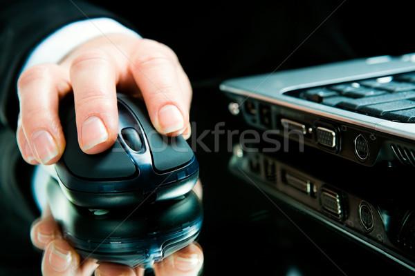 手 コンピューターのマウス ノートパソコン ビジネス コンピュータ インターネット ストックフォト © pressmaster