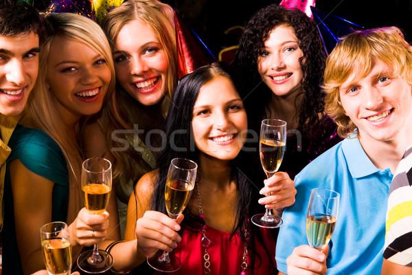 Stockfoto: Vrienden · feesten · portret · gelukkig · champagne · naar