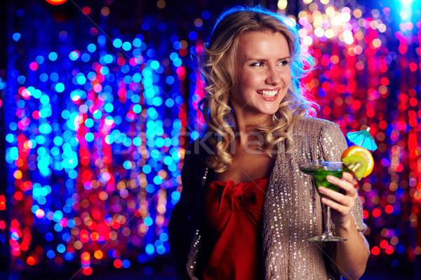 Boldog klubber kép boldog lány tart koktélparti Stock fotó © pressmaster