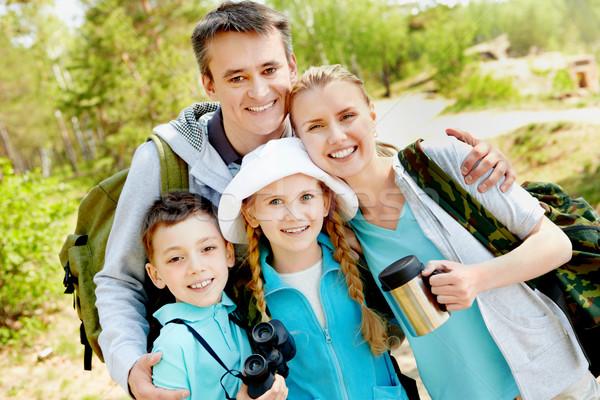 Portret familie naar camera zomer vrouw Stockfoto © pressmaster