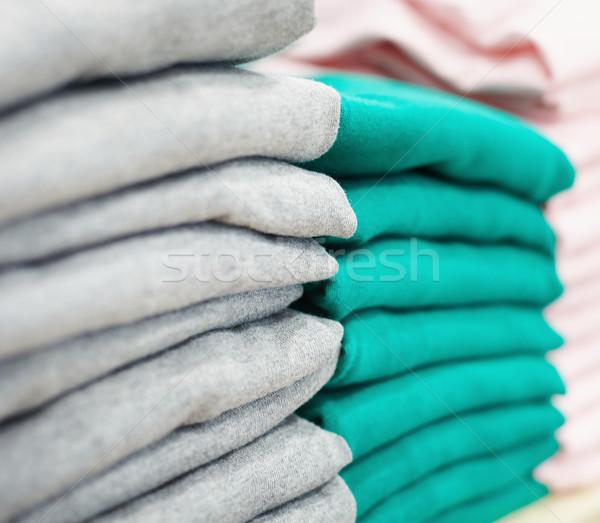 Roupa novo verde cinza roupa Foto stock © pressmaster