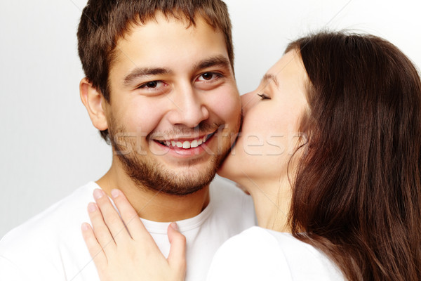 доказательство любви счастливая девушка целоваться дружок глядя Сток-фото © pressmaster