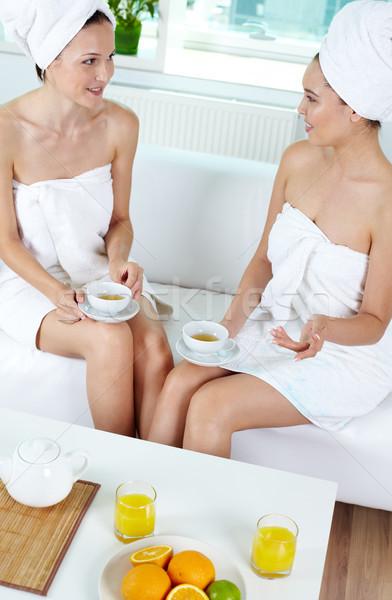 Egészséges élet portré kettő lányok fürdőkád törölközők Stock fotó © pressmaster