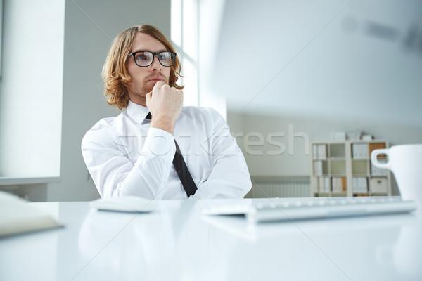 Pensativo trabalhador retrato trabalhador de escritório negócio tecnologia Foto stock © pressmaster