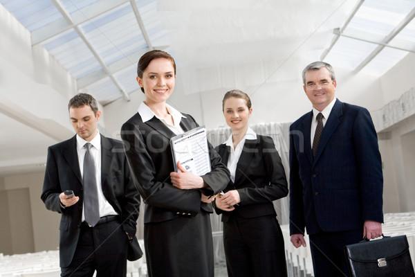 üzleti csoport portré okos üzletemberek néz kamera Stock fotó © pressmaster