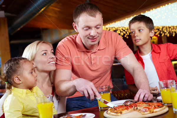 Pizzeria portret cute kinderen ouders familie Stockfoto © pressmaster