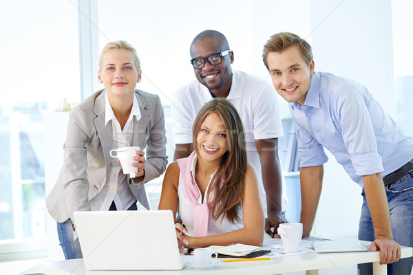 Stock foto: Freundlich · Team · Jugendlichen · arbeiten · Business-Team · Business