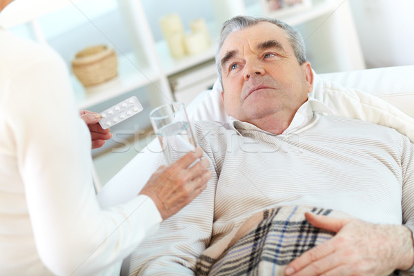 Сток-фото: больным · человека · изображение · старший · глядя · жена