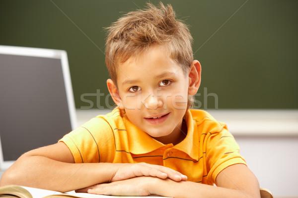 Boldog olvasó portré okos legény hely Stock fotó © pressmaster