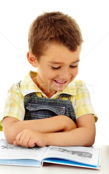 восторженный читатель портрет мало мальчика чтение Сток-фото © pressmaster