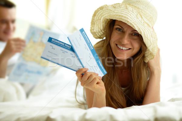элегантный женщину Hat полет билеты Сток-фото © pressmaster