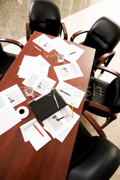 Boardroom boş siyah sandalye etrafında tablo Stok fotoğraf © pressmaster