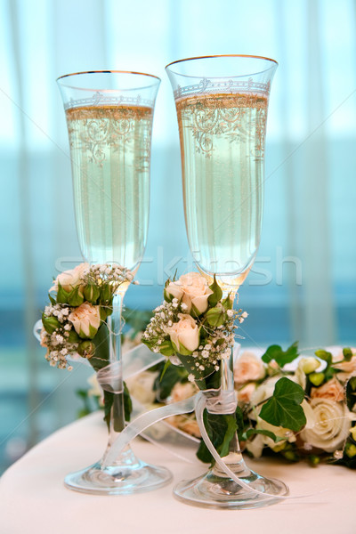 Champán flautas imagen mesa flor boda Foto stock © pressmaster