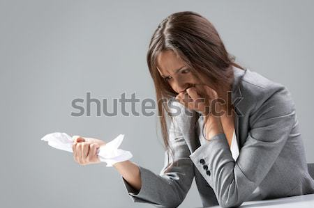 Fracaso mujer de negocios sesión mesa negocios mujer Foto stock © pressmaster
