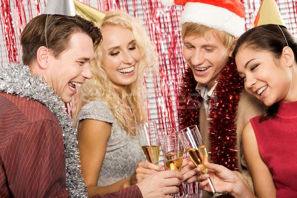 Bebida alcoólica retrato amigos alguém menina Foto stock © pressmaster