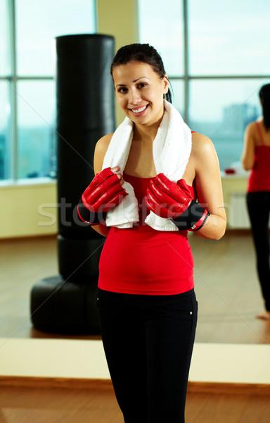 Foto stock: Feminino · treinador · retrato · mulher · jovem · vermelho · luvas