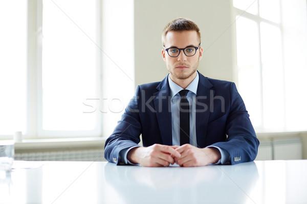 Werknemer portret kantoormedewerker vergadering werkplek Stockfoto © pressmaster