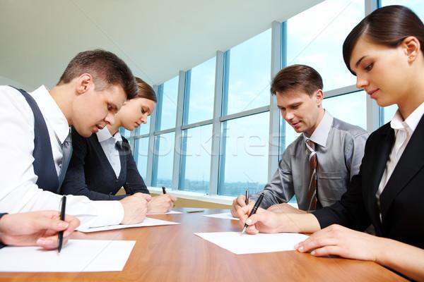 Stock fotó: Csoport · munka · okos · diákok · ír · papírok