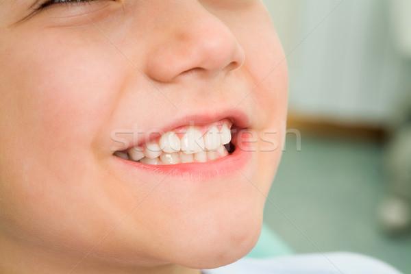 ストックフォト: 笑顔 · 少年 · クローズアップ · 笑みを浮かべて