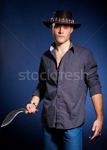Fiatalember kés fiatal kalap félelem gonosz Stock fotó © prg0383