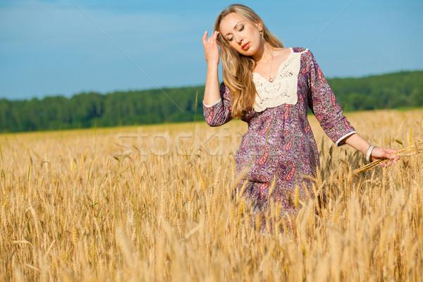 若い女性 小さな 美 少女 麦畑 空 ストックフォト © prg0383