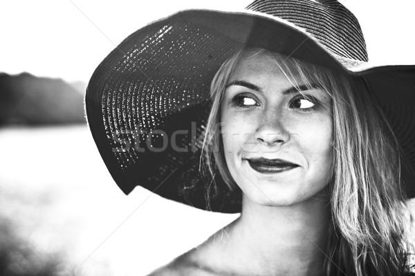 улице портрет черно белые цветами лице Сток-фото © prg0383