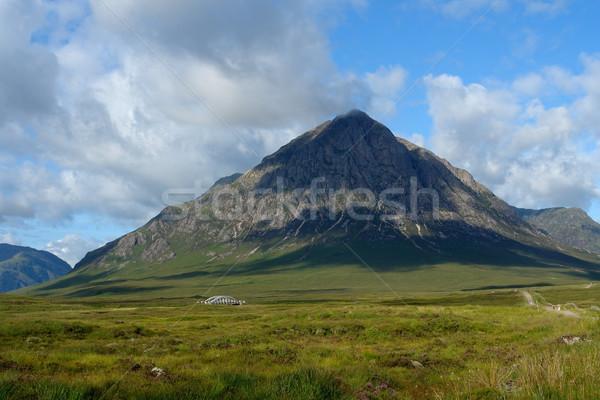Hegy díszlet Skócia körül nyár idő Stock fotó © prill