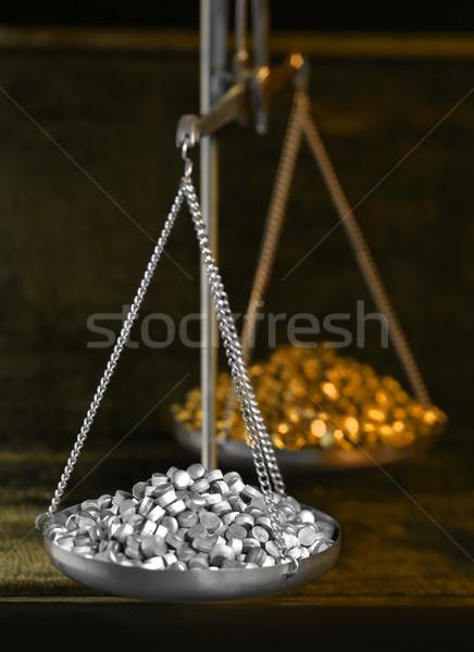 Historisch schalen metalen graan donkere Maakt een reservekopie Stockfoto © prill