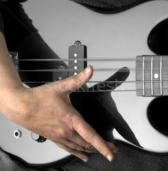 Kéz basszus gitár női részlet fekete Stock fotó © prill