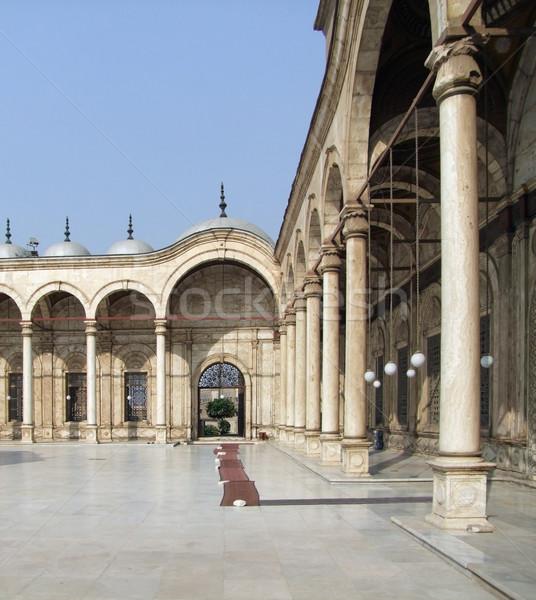 Binnenkant moskee zonnige verlicht patio Cairo Stockfoto © prill