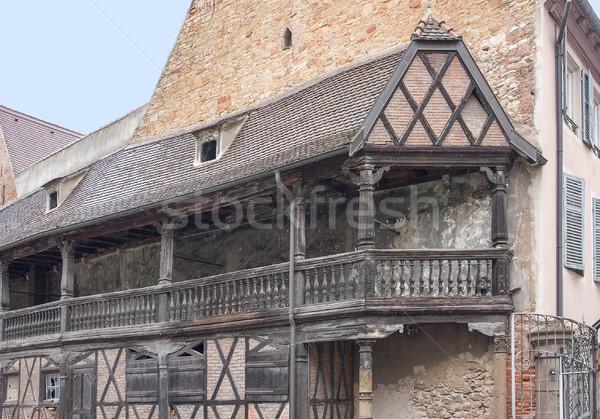 Historisch balkon houten gebouw bouw Stockfoto © prill
