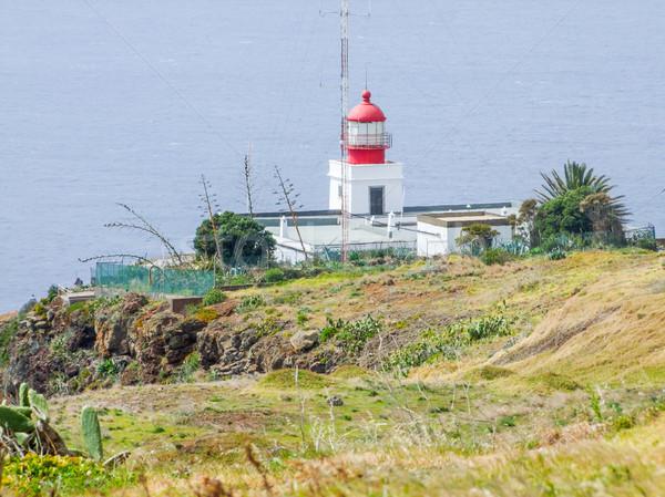 Világítótorony Madeira sziget épület piros fehér Stock fotó © prill