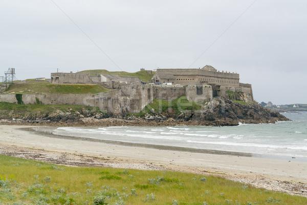 Erőd tengerparti díszlet erődítmény részleg tengerpart Stock fotó © prill