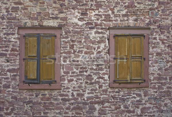 Muro di pietra vecchio Windows shot castello meridionale Foto d'archivio © prill