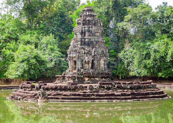 Angkor cenário em torno de Camboja água árvore Foto stock © prill