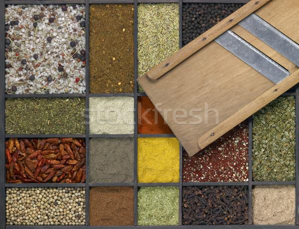 Stockfoto: Specerijen · verschillend · donkere · houten · vak