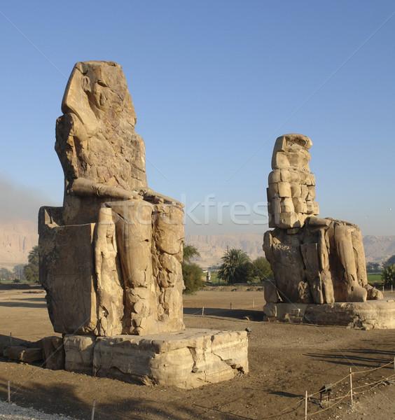 Egyiptom kettő hatalmas ősi Luxor Afrika Stock fotó © prill