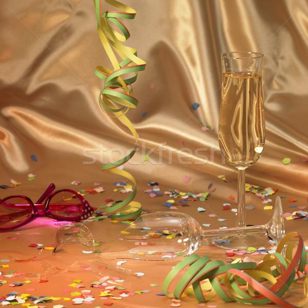 Carnaval cenário quebrado champanhe vidro flutuante Foto stock © prill