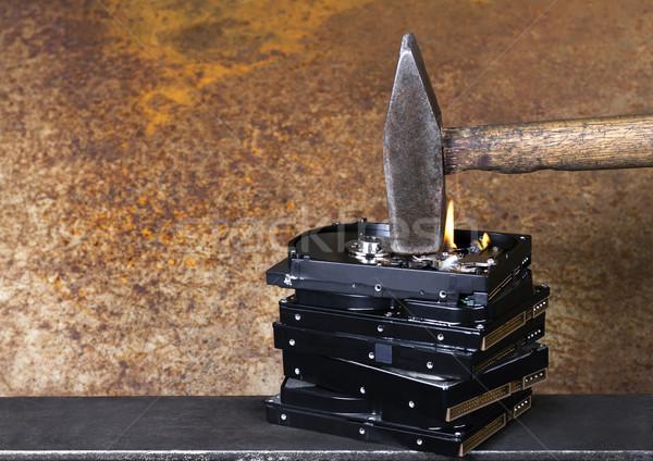 Stock fotó: Kalapács · égő · szimbolikus · adat · rombolás · mutat